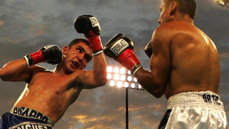 A knockout winner, surely? WordPress or Drupal.